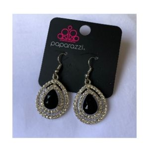 Black & Silver earring